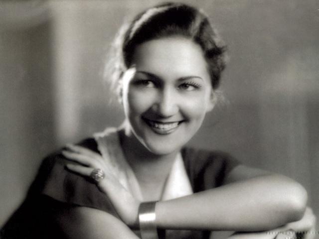 Vera Bradley, Barbara Bradley Baekgaard's mother