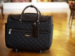 "17"" Rolling Travel Tote in Black"