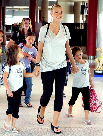 Kate Gosselin and kids with Backpacks in Twirly Birds Navy and Twirly Birds Pink