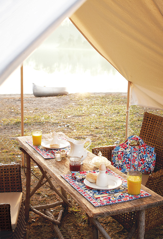 Glamping with Summer Cottage